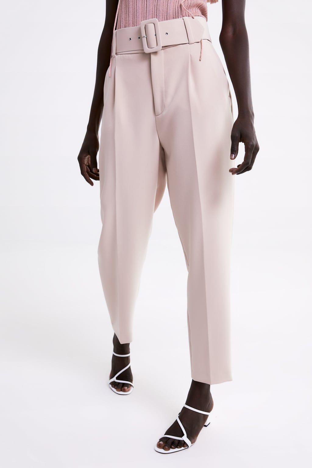 Pantalon à pinces et ceinture | Modèle de