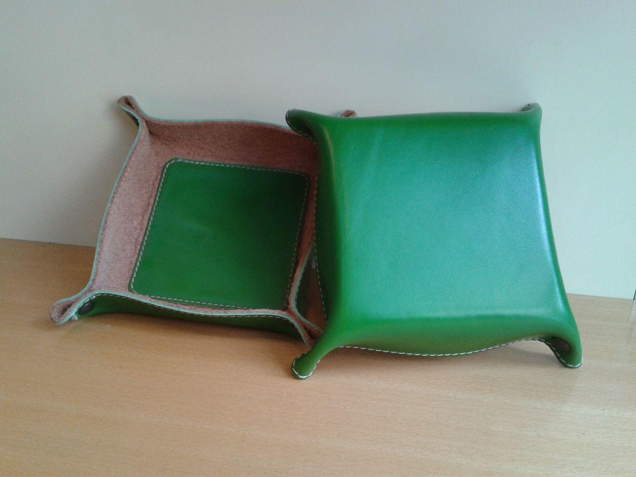 Accessori - L' ARTIGIANO DELLA PELLE   produzione artigianale di borse per uomo e donna   sandali in vero cuoio   cinture anche in pellami pregiati