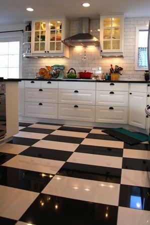 From Blah To Glam White Kitchen Floor Checkered Floor Kitchen