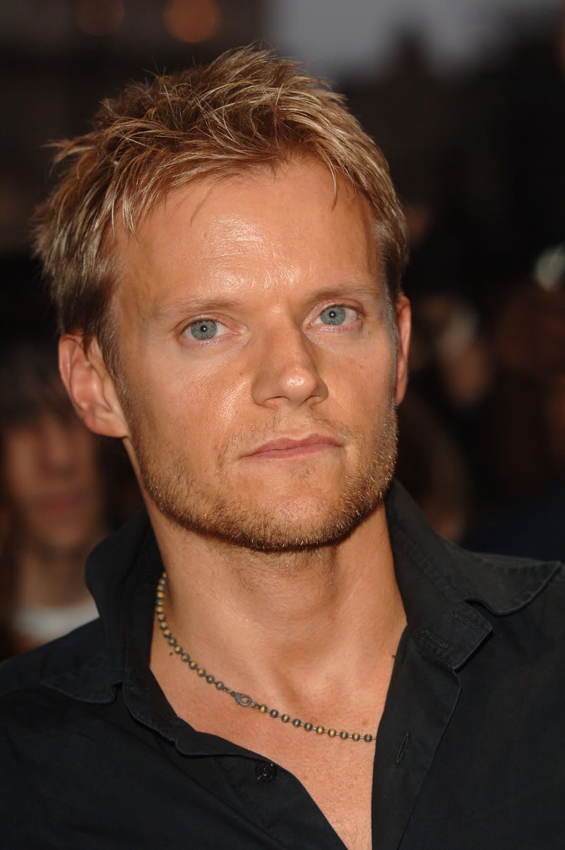 Marc Warren (born 1967)