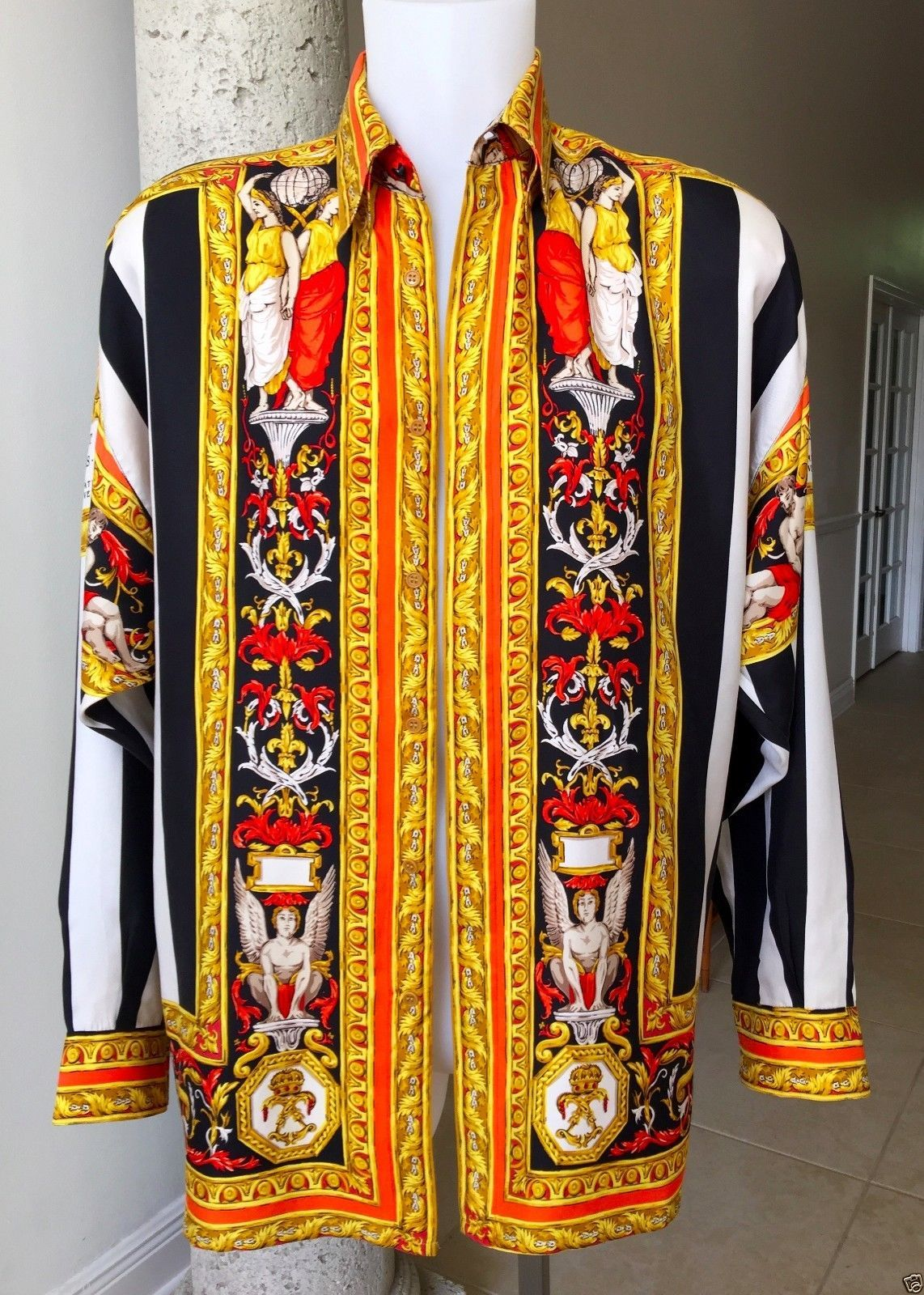 Vintage Gianni Versace Silk Shirt Versace Tapestry Print Size 46 Style Worn  Tyga… eea1d182516