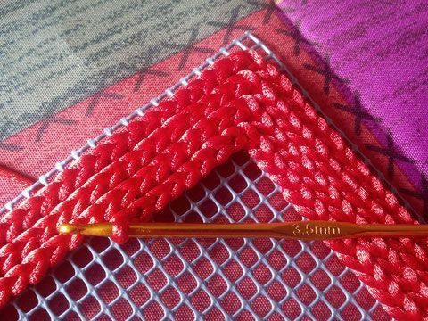 Sigue los pasos y elabora un original bolso de mano | Pinterest ...