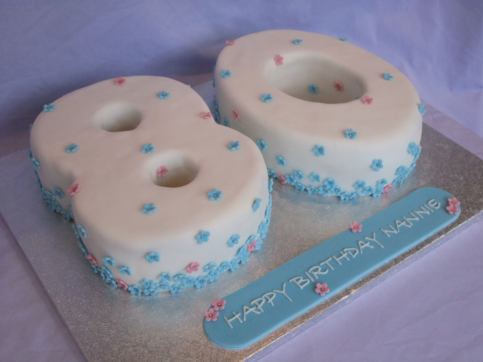 80th birthday cakes for women love the pastel colors in this