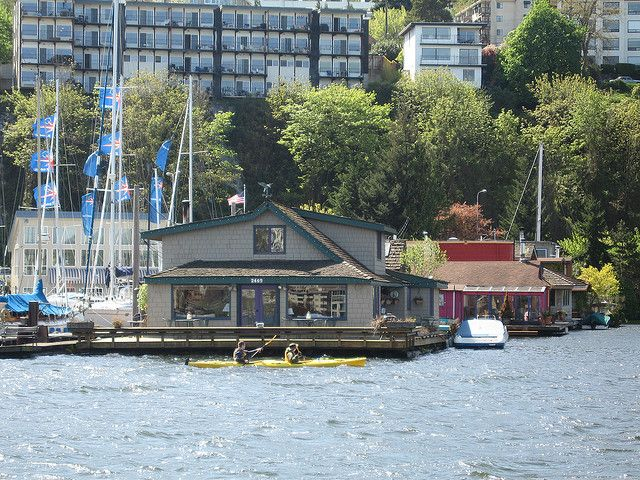 Sleepless In Seattle Houseboat!
