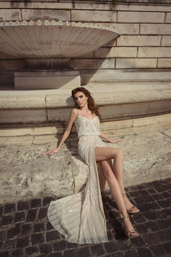 Light gold wedding dress by Julie Vino wedding dresses 2017 | I take you #weddingdress #weddinggown