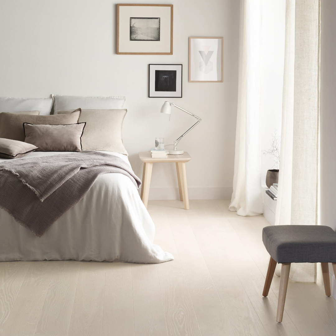 Soft colours for a cozy bedroom in 12  Bedroom decor