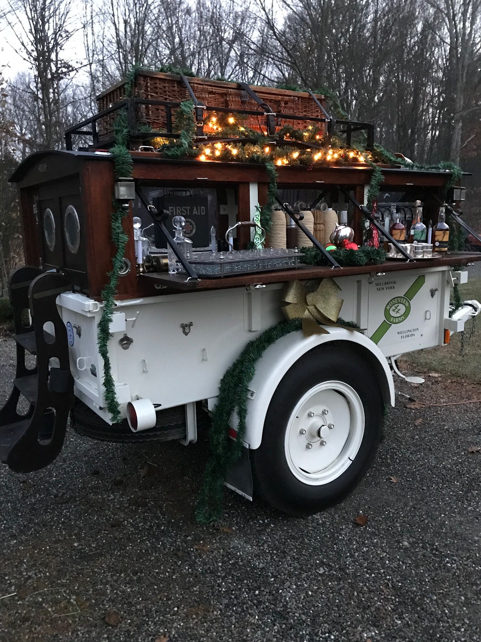 Roseview Farms' Field Bar Trailer. Millbrook, NY. Truck