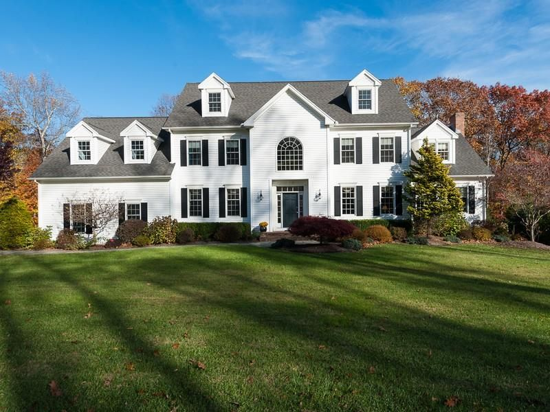24 Lenore Dr Madison Connecticut 06443 Home For Sales N357672 Sale House House Styles Madison