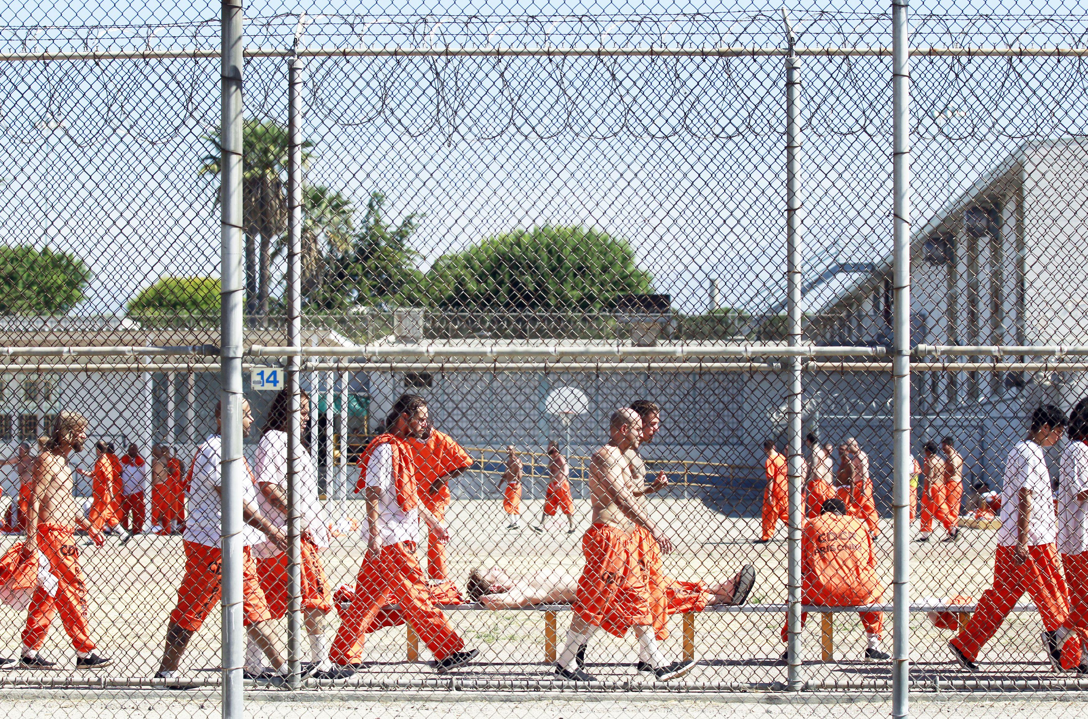 Prison Yard Prison Inmates Prison Federal Prison