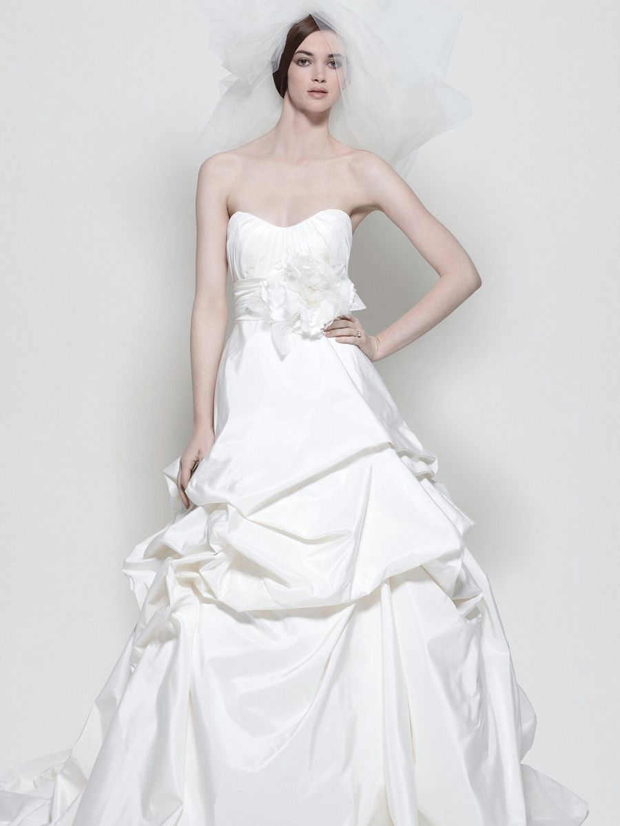 Modern taffeta fabric wedding dress design strapless sweetheart modern taffeta fabric wedding dress design strapless sweetheart ombrellifo Image collections