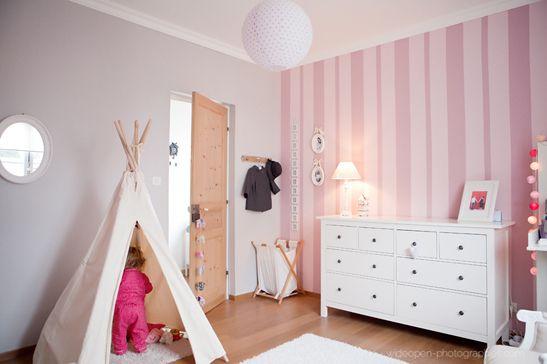 L\'élégante chambre bébé d\'Anna | Bebe, Kids rooms and Room
