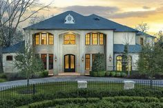 House Plan 5445 00249 Luxury Plan 7 698 Square Feet 5 Bedrooms 7 5 Bathrooms Luxury Homes Exterior Luxury Plan Architectural Design House Plans