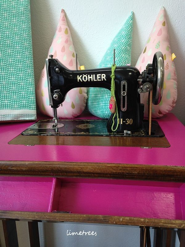 pink sewing machine - Home of limetrees