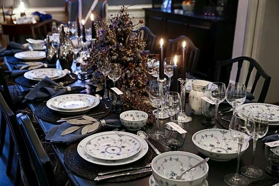 Royal Copenhagen Christmas table