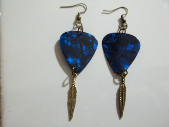Valentine S Guitar Pick Feather Boho Tribal Inspired Dangle Earrings Guitarpick Guitarpickearrings Music Etsy Boho Tribal Beaded Jewelry Dangle Earrings