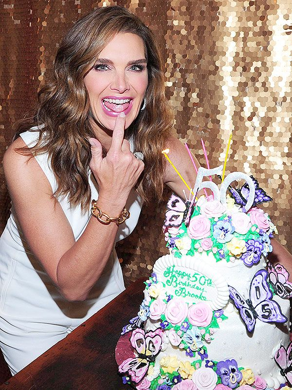 The Slice Is Right The Best Celebrity Birthday Cakes Pinterest