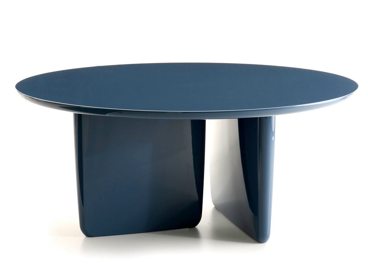 Lacquered round table tobi ishi lacquered table b b for B et b italia