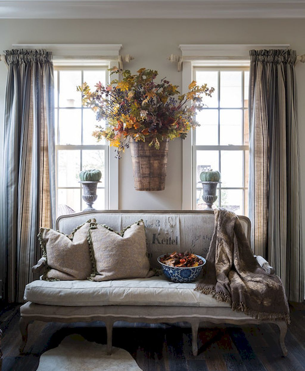 60 Fancy French Country Living Room Decoration Ideas Homevia