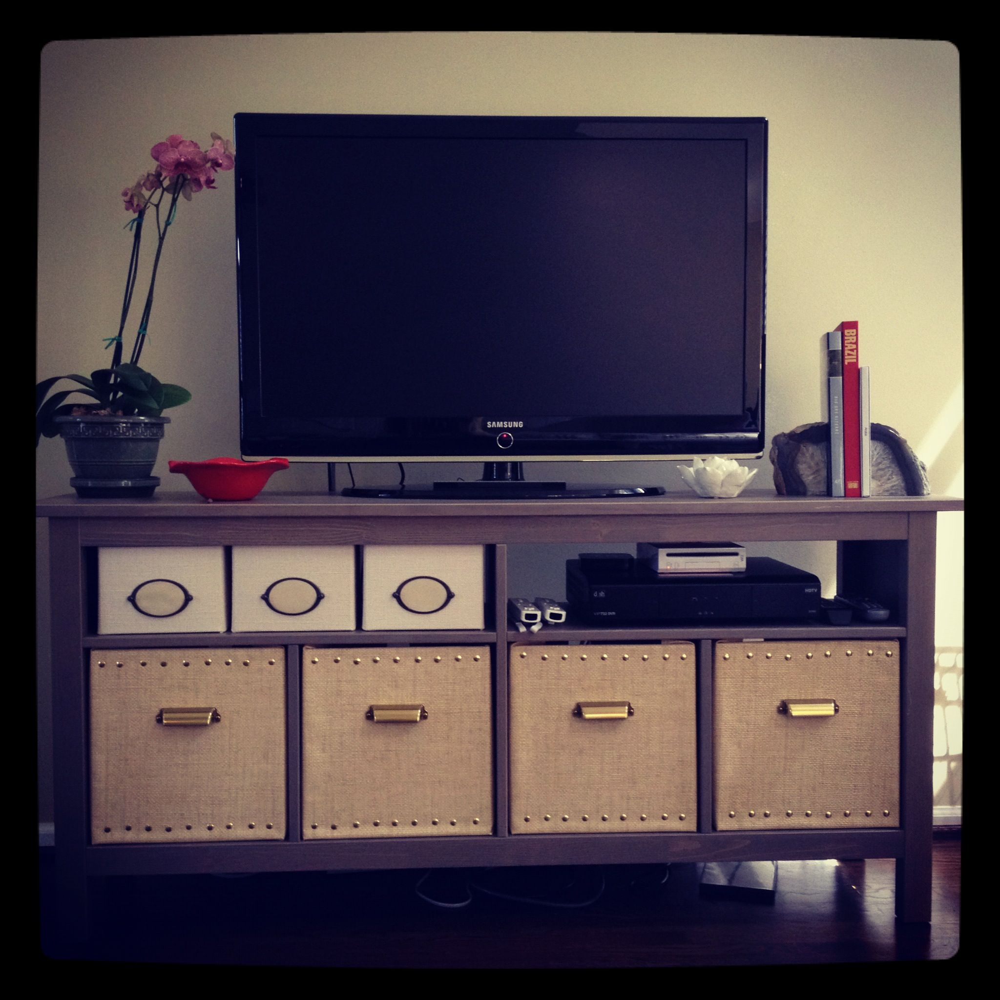 Hemnes sofa table in gray brown left out 2 of the dividers on top