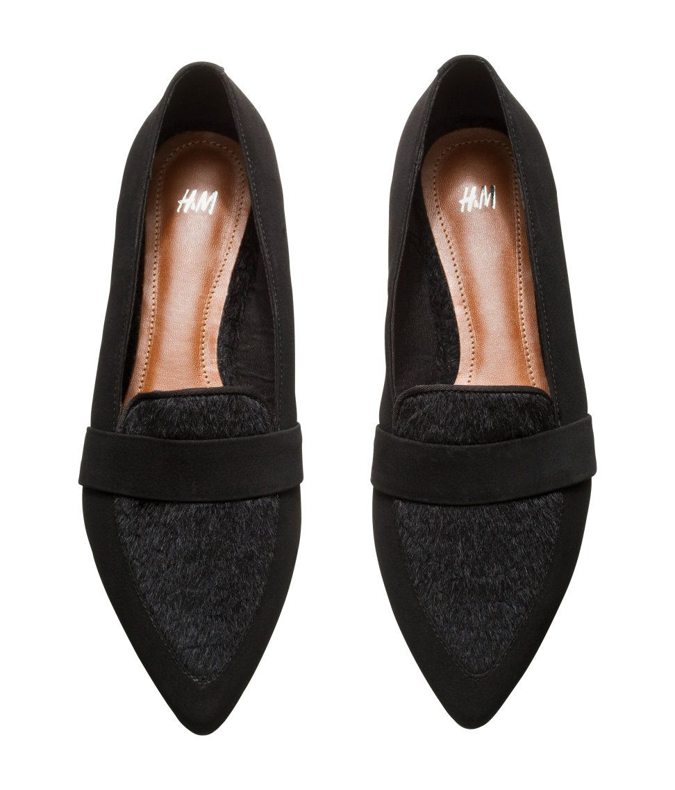 da8d7fd18a Flat black pointed-toe shoes with faux leather   fur.