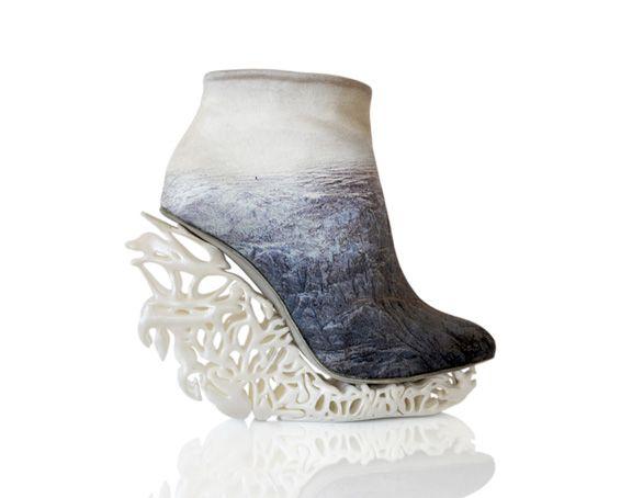 #lady #gaga #designs #shoes #amazing #awesome #statement #shoewhore #shoeaction #fashion #hot #cool #insane #crazy #colorful #diva #runway #swag #highheels #art #shoeaddict #pinterestshoes #streetstyle
