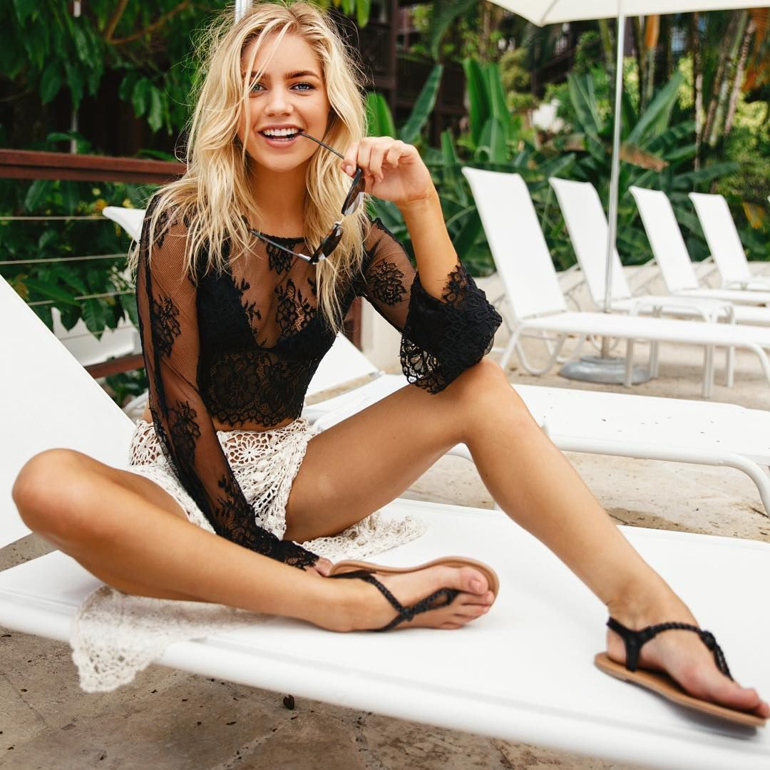 Feet Madison Louch nudes (76 photo), Selfie