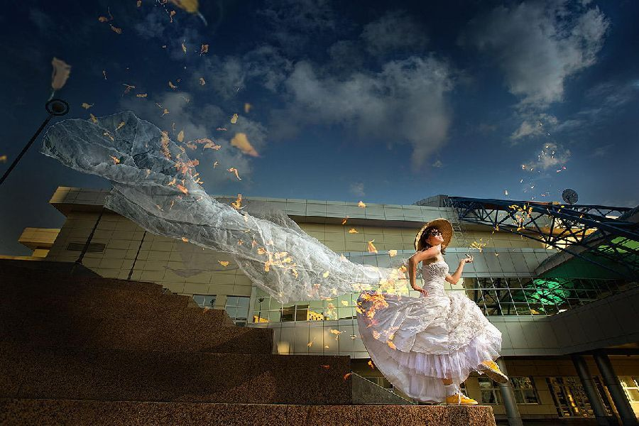 Amazing, Dreamy, Inventive and Romantic Wedding Photography by Sergei Ivanov , http://photovide.com/?p=200699