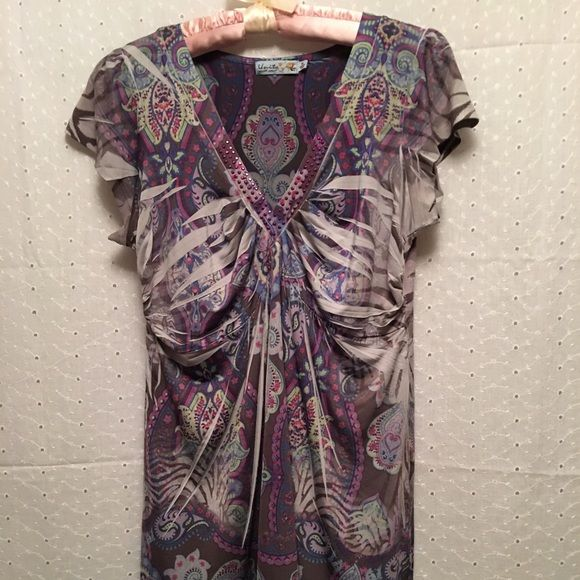 Unity World Wear top Unity World Wear top. Size M. Excellent condition. Unity World Wear Tops
