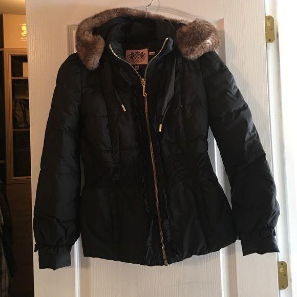 Juicy coat Black juicy puffer coat great condt fur good Juicy Couture Jackets & Coats Puffers