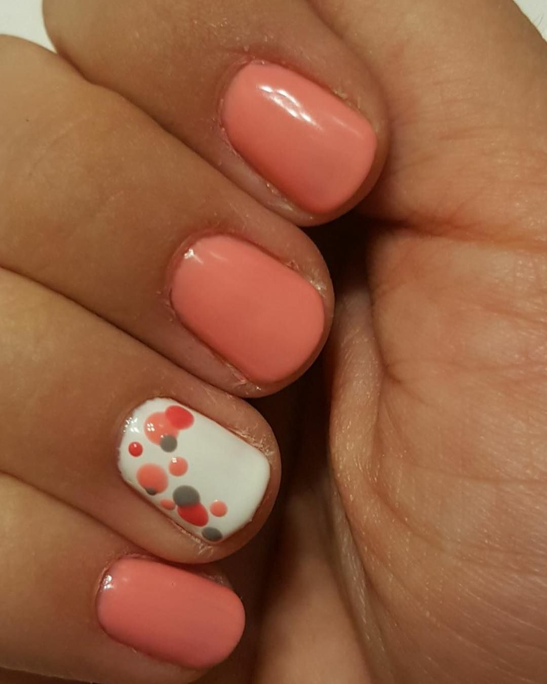 Gelmoment Simple Nails Arts Combination Of Colors Meet Me At The Chapel Coral Smooch And Morning Gel Manicure Colors Gel Polish Nail Designs Easy Nail Art