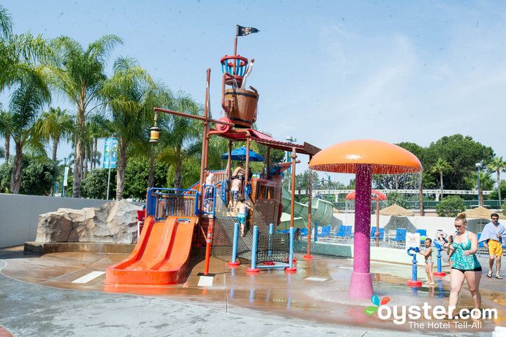 10 U S Hotels With Fun Family Friendly Water Parks Too