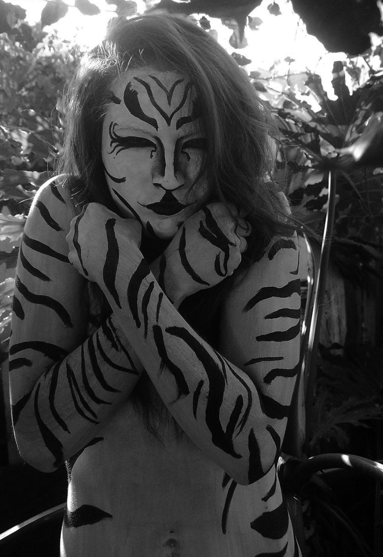 tigresa blanca by tijuana69.deviantart.com on @deviantART