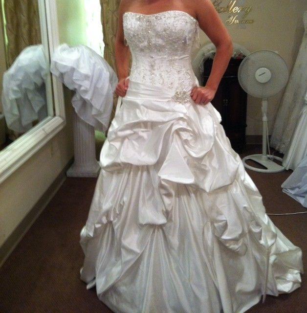 Maggie Sottero Priscilla Wedding Dress   Pinterest   Maggie sottero ...