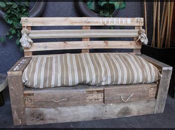 tuto banquette en palettes par jucondine sur le cdb diy pinterest palette les salon et. Black Bedroom Furniture Sets. Home Design Ideas