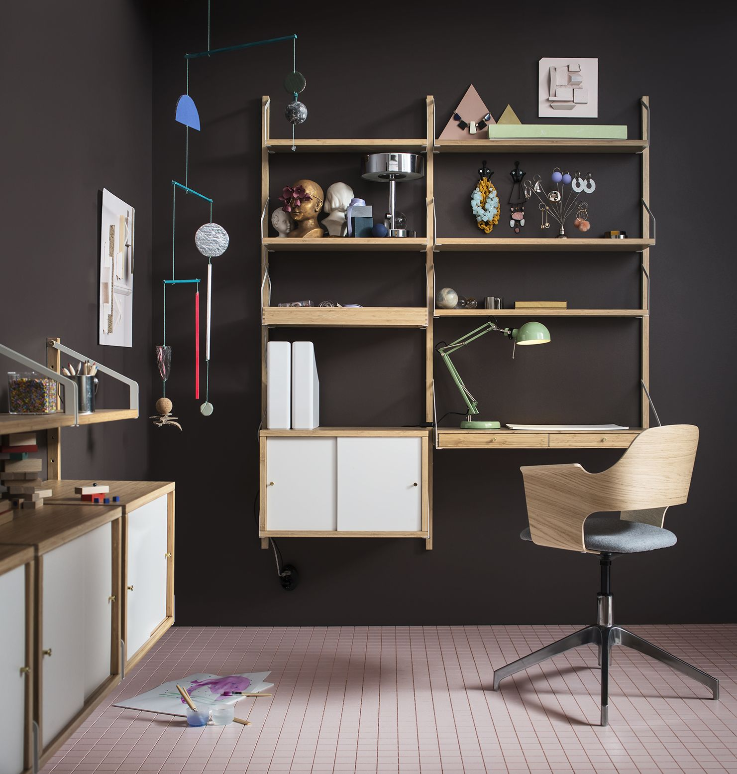 A Japanese Inspired Apartment With Plenty Storage Systems: IKEA SVALNÄS Serie