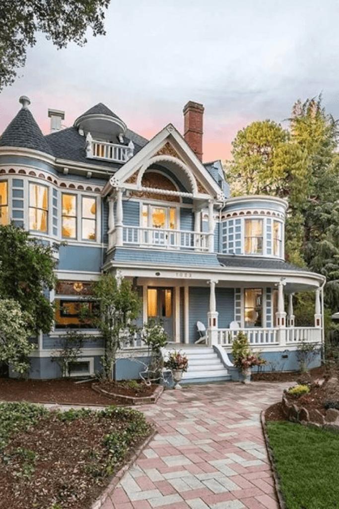 1900 Victorian For Sale In Palo Alto California Old Victorian Homes In 2020 Old Victorian Homes Victorian Homes Victorian Style Homes