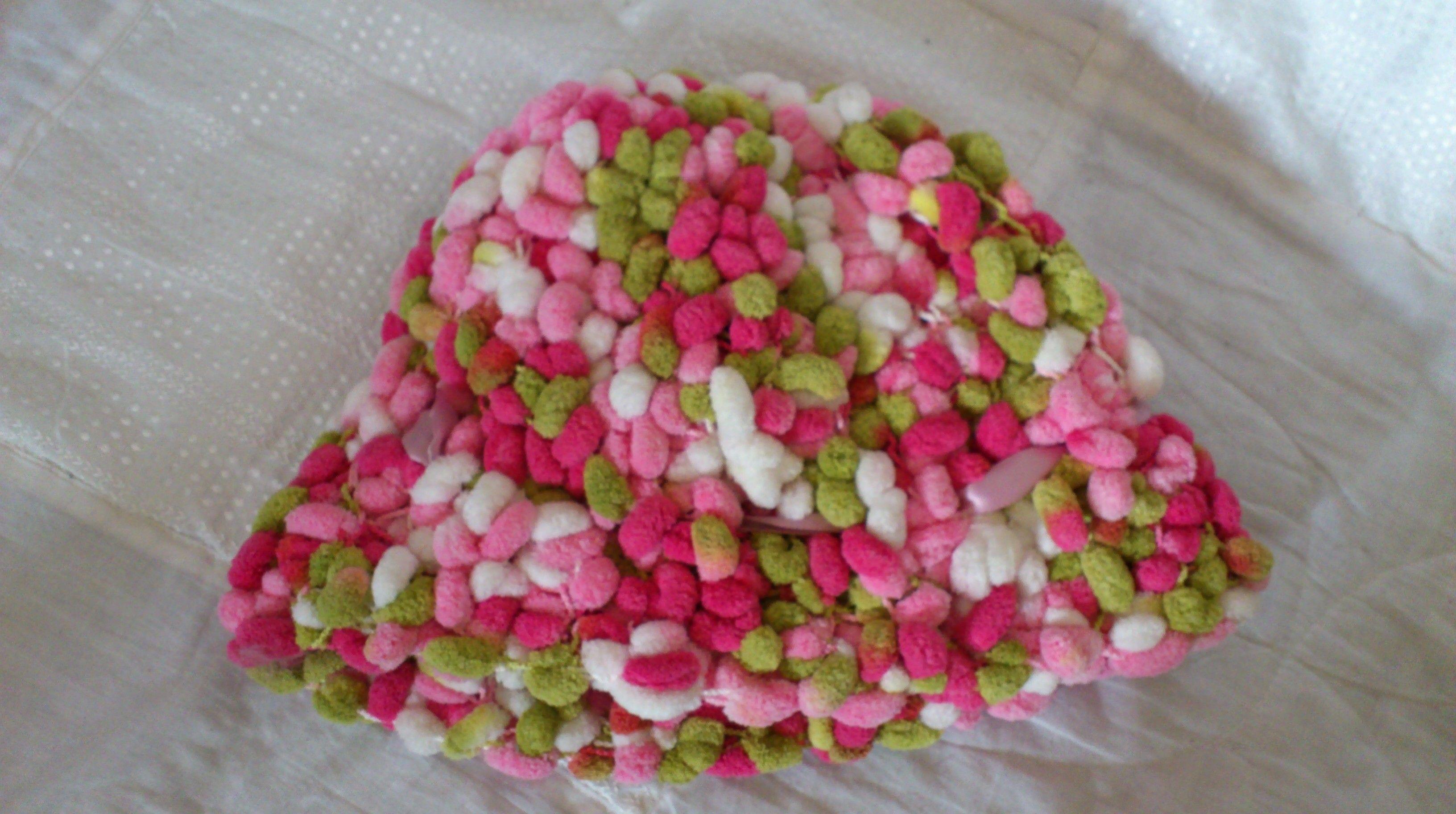 modèle tricot echarpe laine pompon   tricots   Tricot, Modele tricot ... a24174ffb24