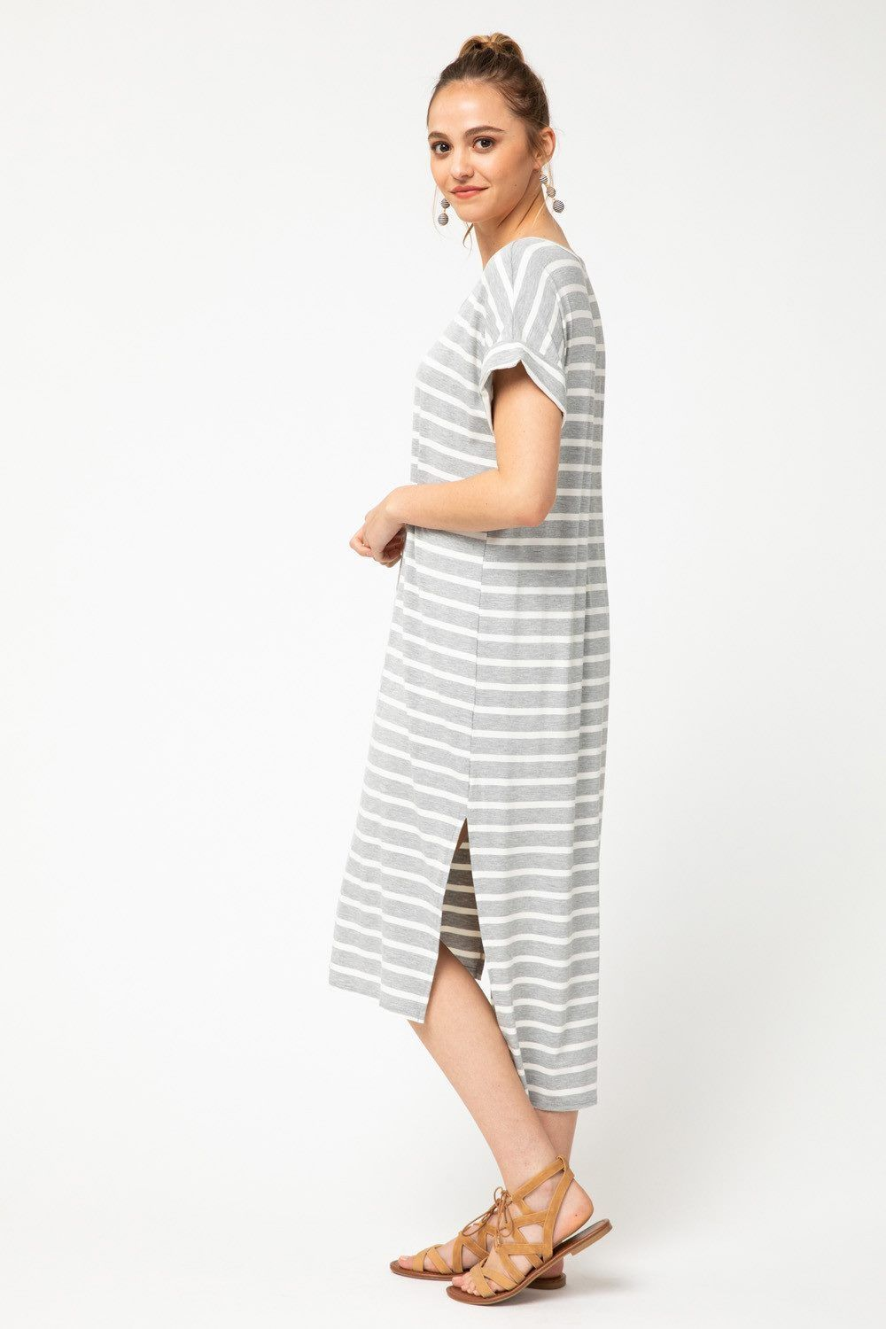 Striped Midi Dress Casual Summer Outfit Ideas Striped Midi Dress Midi Dress Casual Summer Fashion Dresses [ 1500 x 1000 Pixel ]