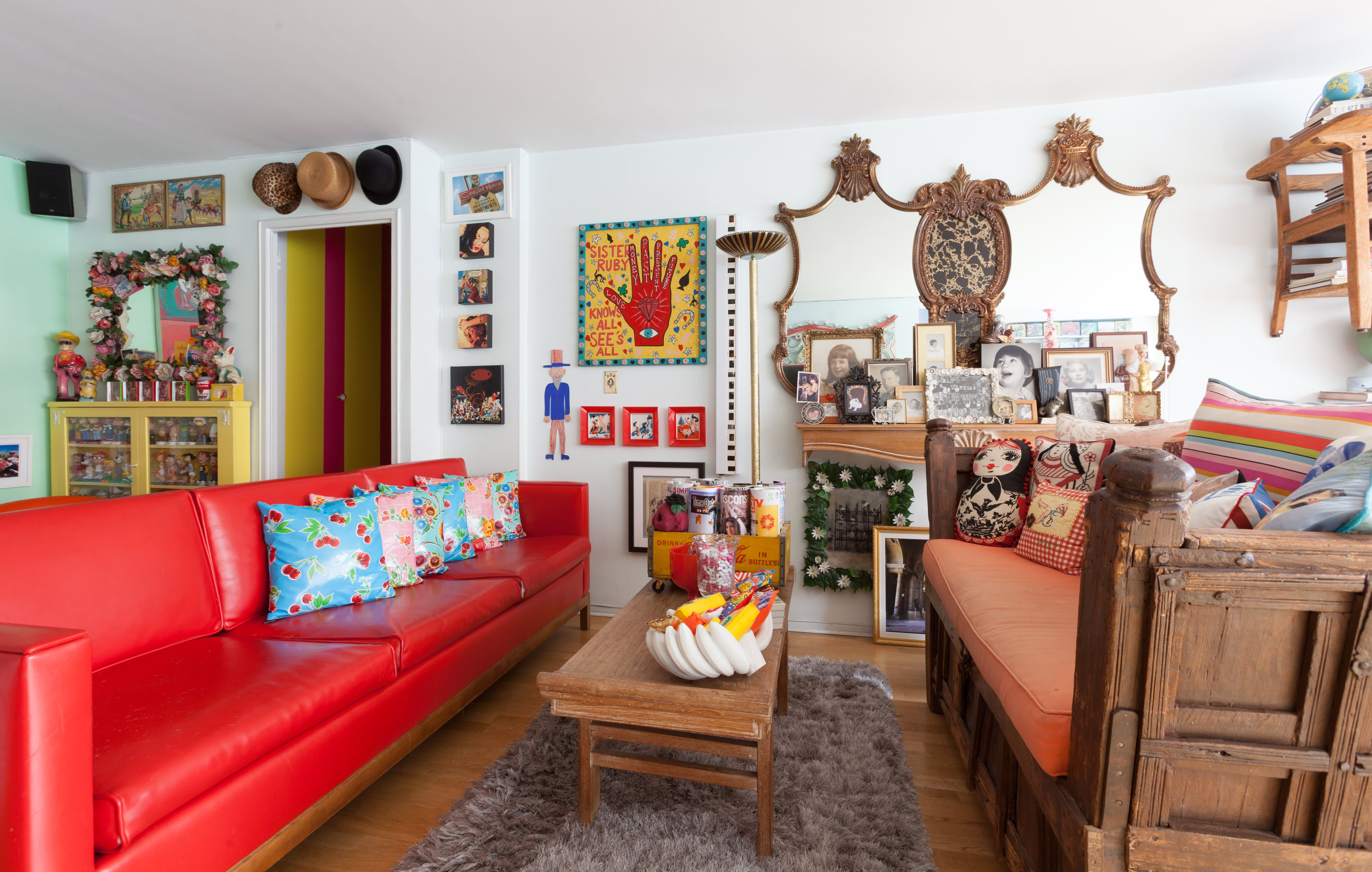This Nyc Home Is Like A Mini Pop Culture Museum Bedroom Decor Inspiration Aesthetic Rooms Decor #popular #living #room #decor