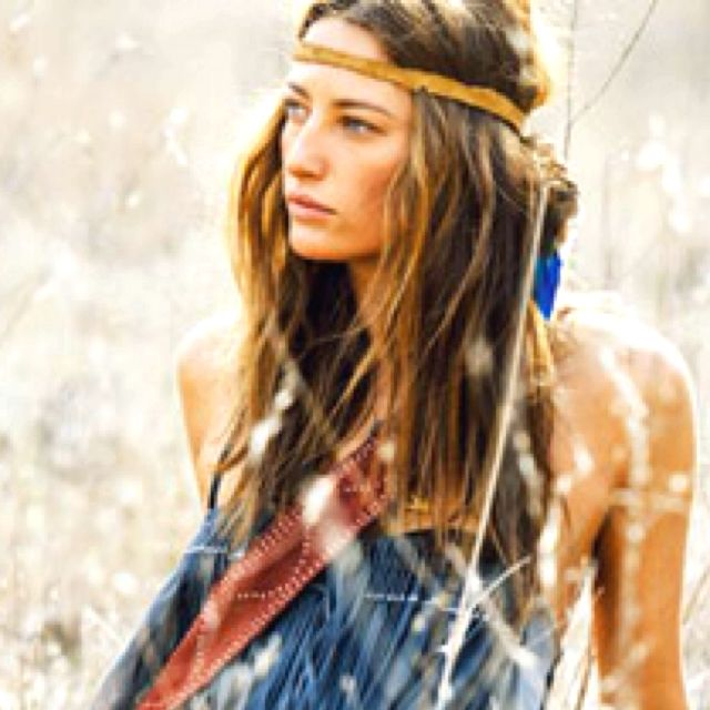 Natural boho style +++For guide + ideas on #style and #fashion,visit http://www.makeupbymisscee.com/