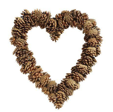 Pinecone Heart Wreath #pinecones #crafts http://PineconesAndPodz.com