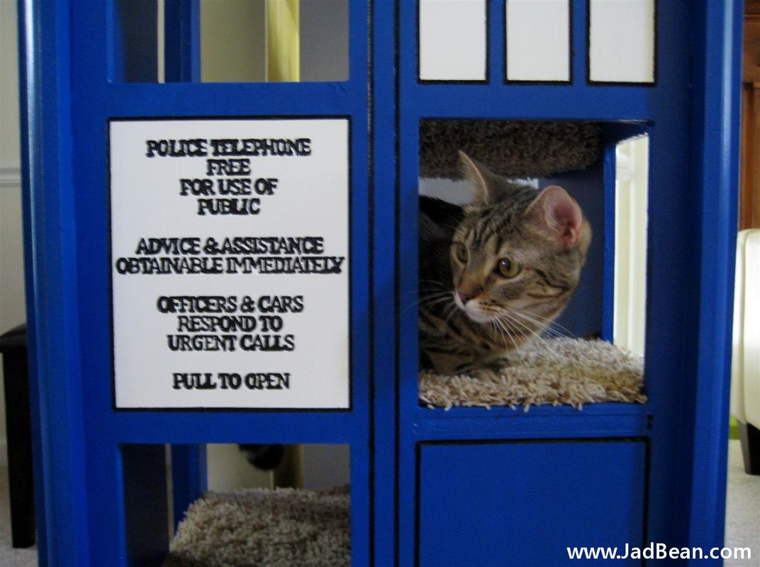 Tardis cat tower with source