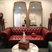 Astounding Classic Vintage Chesterfield Couch Tall Italian Mirrors And Creativecarmelina Interior Chair Design Creativecarmelinacom