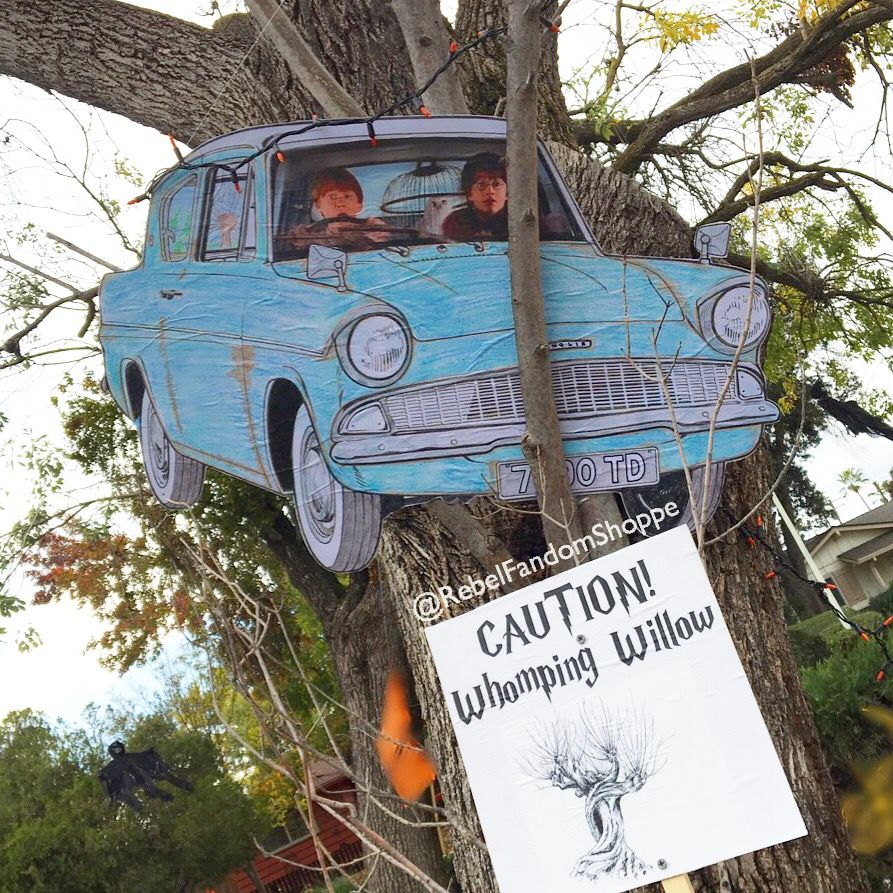 Ford Anglia Flying Ford Anglia Harry Potter Whomping Willow Ron Weasley Harry Potter Halloween Decorations Harry Potter Halloween Party Harry Potter Decor