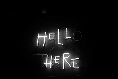 Aquí y allá