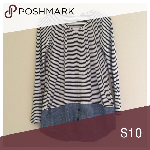 ‼️3/$15 - Stripe denim knit shirt top Stripe denim shirt top. Size S. Good condition. ⭐️bundle 3 for $15 Tops