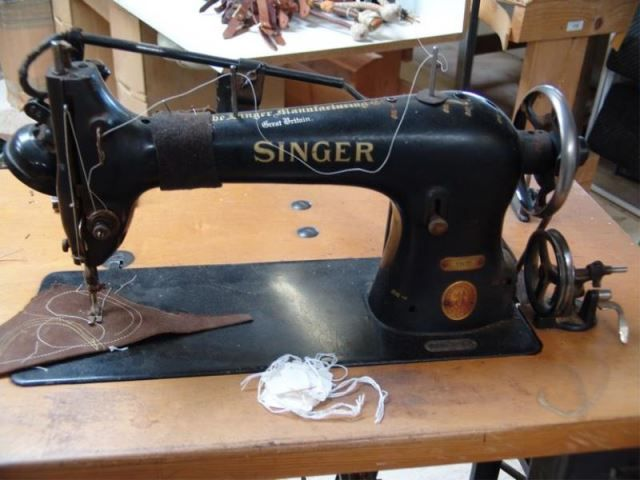singer 31k15 leather sewing machine couture mac pinterest. Black Bedroom Furniture Sets. Home Design Ideas