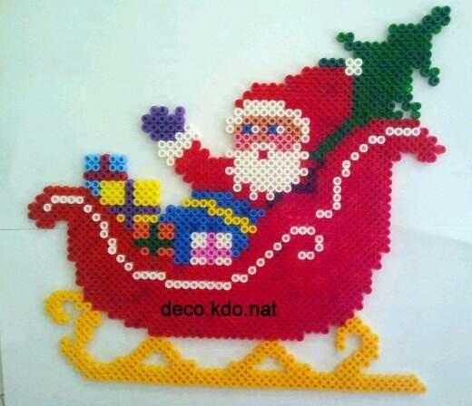 Activit enfant p re no l en perles hama strijkparels - Activite noel enfant ...