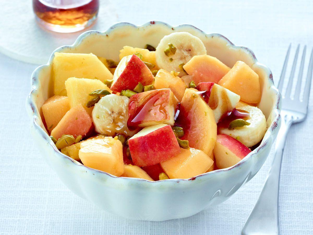 Gesundes Frühstück - der Fit-Start in den Tag! - obstsalat-pistazienkerne  Rezept