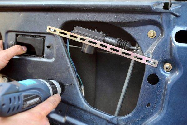 How To Repair A Car Door Lock Car Door Lock Repair Car